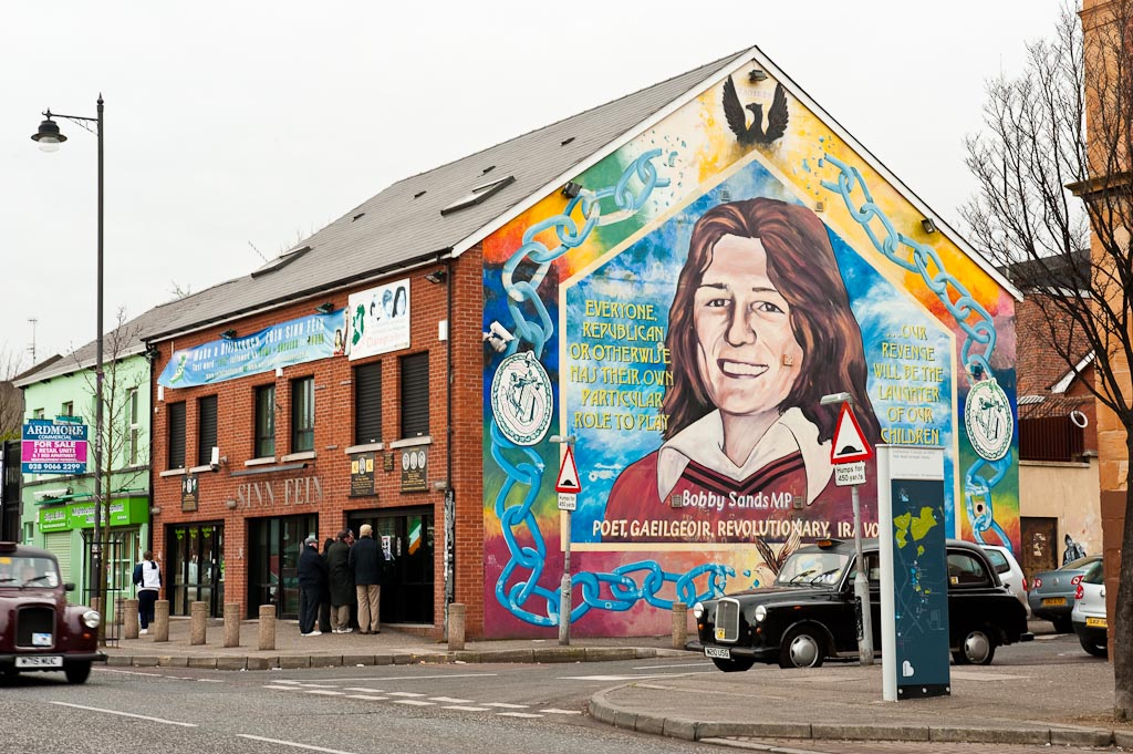 Belfast northern ireland travel squire for Bobby sands mural belfast
