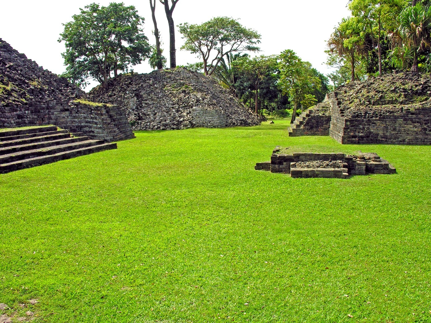 essay on tourism in belize Belize adventure - trusted local advice plan your see my photo essay: which is perfect for backpackers since they usually fly into cun and travel down to belize.