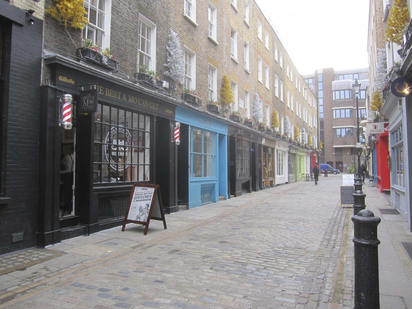 Hotels near london therapy england