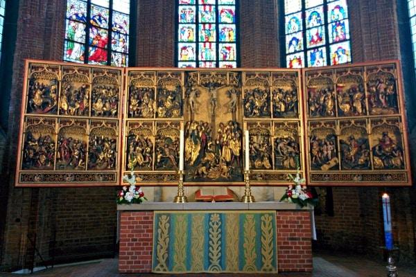 Lucas Cranach Altar Kreuzkirche in Hannover Germany