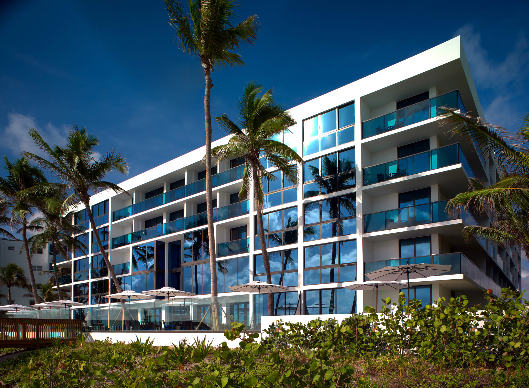 Hotel Exterior: Palm Beach Redefined- Travel Squire