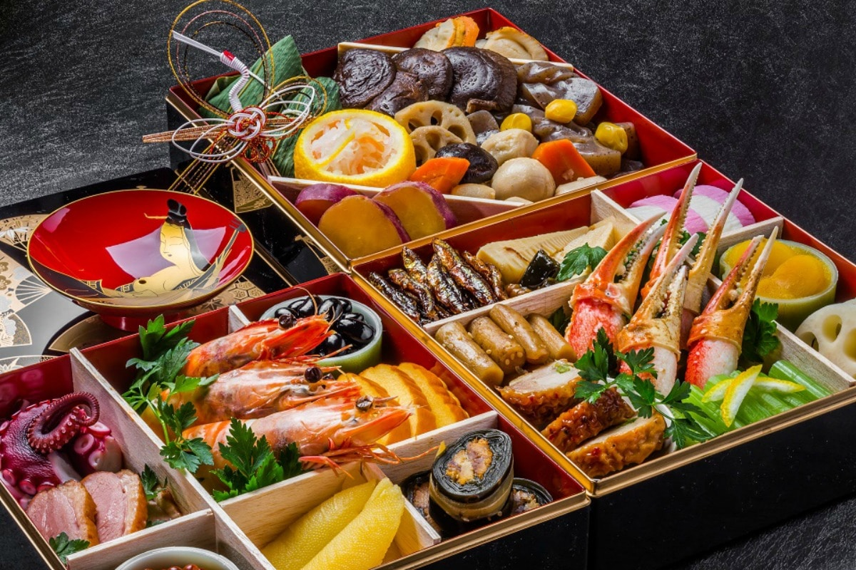 Holiday foods of tokyo travelsquire japanese christmas for Asian cuisine food